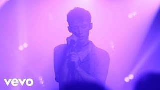 Troye Sivan - Love is A Losing Game (Vevo Presents)
