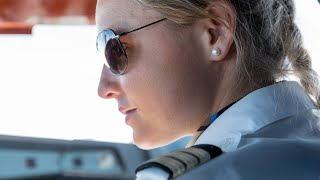 """PilotsEYE.tv - Miami Approach - TCAS Alert 