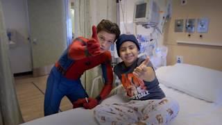 Tom Holland, Spider-Man: Homecoming, Visits Kids at Children
