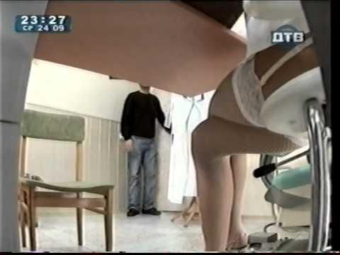 stratmor-porno-pod-stolom-skritaya-kamera-izumilsya