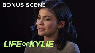 "Kylie Jenner Takes Being a Smile Train Ambassador ""Seriously"" 