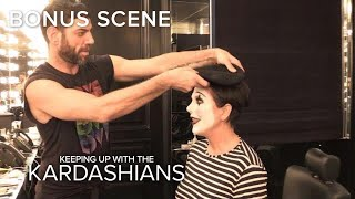 KUWTK | See Kris Jenner Transform Into a Mime | E!