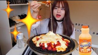 CHEESY Buldak Mukbang (치즈불닭  먹방) | 1lb of Cheese