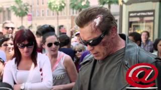 Sorprende Arnold Schwarzenegger a fans de TERMINATOR