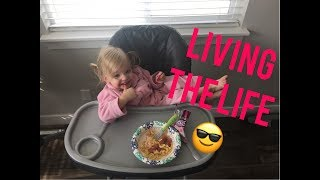 HOW TO SIT AT DINNER WHEN YOU HAVE THE LIFE!