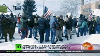 Armed militia seize fed building in stand against US govt