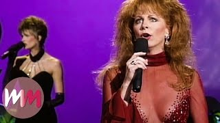 Top 10 Unforgettable Country Music Awards Moments