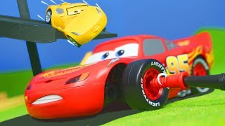 DISNEY CARS 3: Lightning McQueen SPIELZEUGAUTOS Junior Kit für Kinder | Disney Pixar Cars Kinderfilm