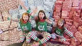 CHRISTMAS MORNING SPECIAL OPENING PRESENTS - SISTERS BIGGEST SURPRISE EVER!