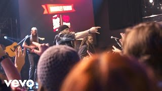 Brantley Gilbert - The Weekend (Live on the Honda Stage at iHeartRadio Theater LA)