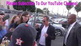 Kiefer Sutherland talks about playing president in his new series while greeting fans outside Jimmy