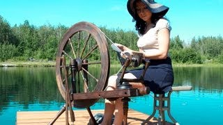 How to Spin Yarn On a Wheel - Absolute Beginner Lesson!