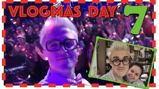 Vlogmas Day 7 - Boobmas