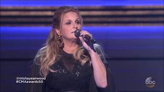 Garth brooks and Trisha Yearwood sing a Tribute to Johnny Cash and June Carter Cash Live in HD 2016.