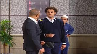 الجمهور ينفجر من الضحك بسبب تلقائية على ربيع ... #تياترو_مصر