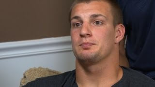 Rob Gronkowski refuses to talk about Aaron Hernandez