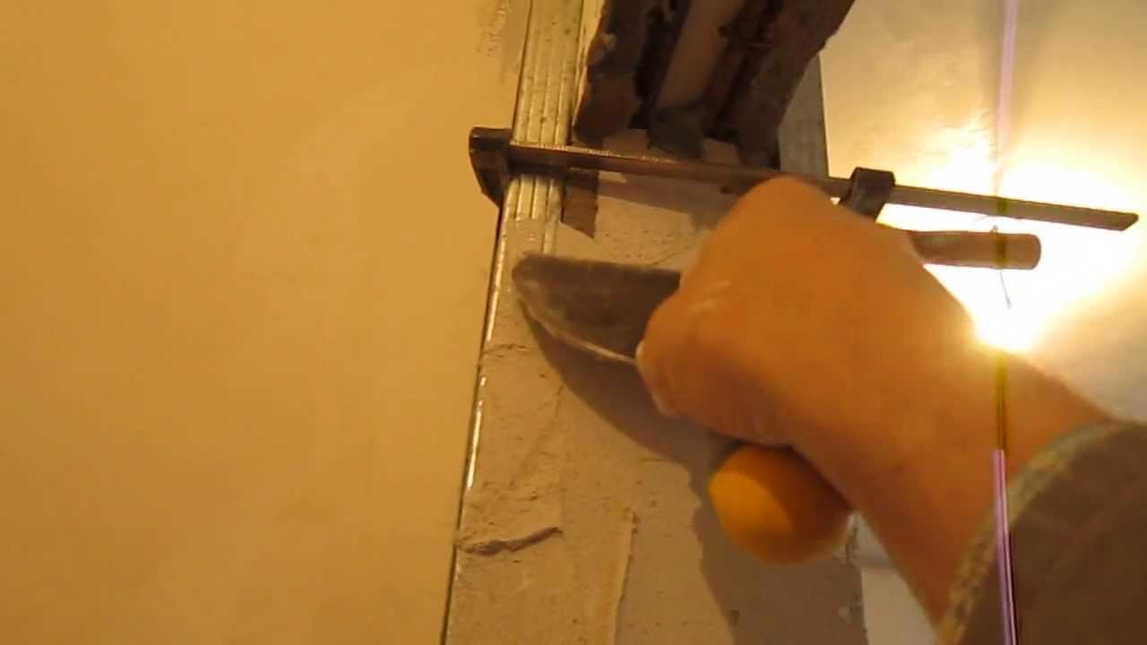 Штукатурка откосов дверей видео