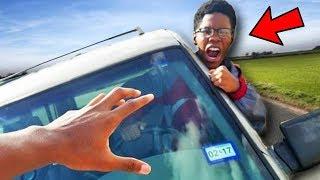 kind klaut auto mit verfolgungsjagd