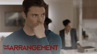 Will Kyle West Get a Gun to Protect His Home?   The Arrangement   E!