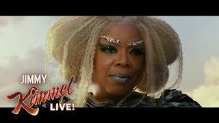 Has Oprah Winfrey Been Hiding a Third Hand All These Years?