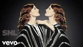 Florence + The Machine - Shake It Out (Live on SNL)