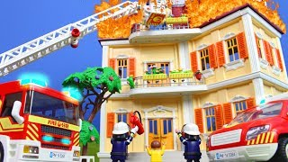PLAYMOBIL Film deutsch: Rettungsaktion vom PLAYMOBIL FEUERWEHRMANN   Familie Kinderfilm Kinderserie