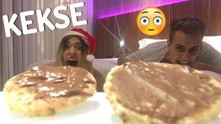 KRANKESTE Methode Kekse zu backen - im HOTELZIMMER 😯 (ohne Ofen !! ) | Julienco