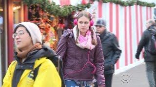 Loud music from headphones presents danger to kids
