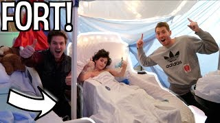 HOSPITAL ROOM BLANKET FORT!