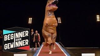 Weitsprung: Alyn Camara im T-Rex Kostüm   Teil 2   Beginner gegen Gewinner   ProSieben