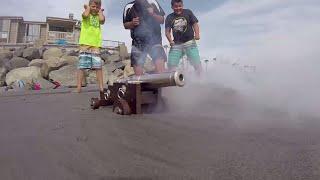 Fidget Spinners vs Super Wubble Bubble & Mini Blaster!! Carl and Jinger