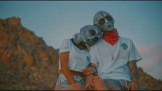 alien love // x