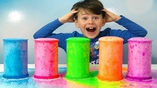 ALİ RENKLİ KÖPÜK VOLKANI YAPTI! Learn Colors With Finger Family Song