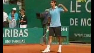 Federer Tells Djokovic Family to Shut Up