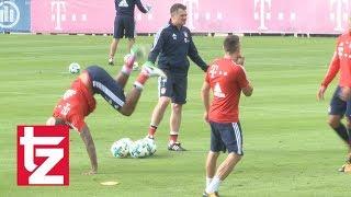 Müller kneift Süle - die lustigsten Momente beim FC Bayern Training