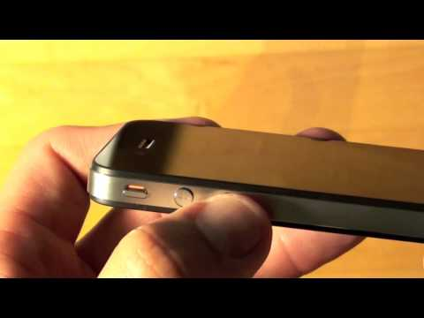 Apple iPhone 4: Unboxing & Activation