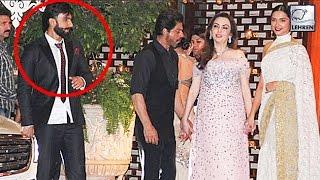 Shahrukh Khan AVOIDS Ranveer Singh At Ambani