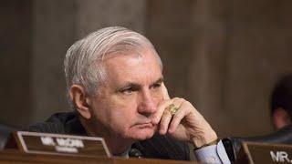 Senators caught on hot mic: Trump is