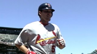 Pitcher Adam Wainwright homers in his first at-bat