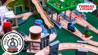 Thomas and Friends WACKMASTER AND WOODEN TRACK | Fun Toy Trains for Kids | Thomas Train Power Rails