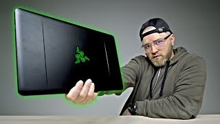 Unboxing The New $1600 Razer Blade Stealth