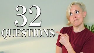 "32 Questions With Hannah Hart | ""Vogue"""