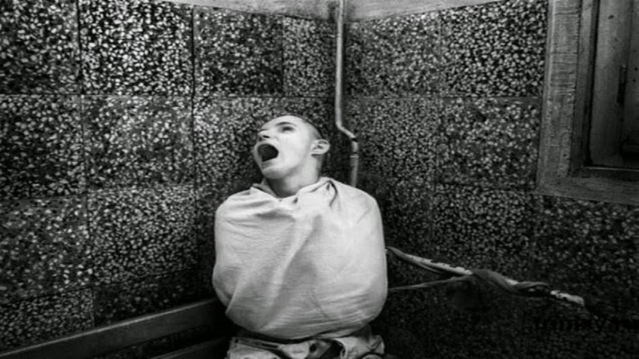 Смотреть как привязывают буйных психовк кровати ит д 29 фотография