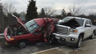 Worst Drivers of 2018 Ep.1