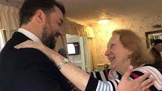 This Comedian Serenades Nursing Home in Adorable Video