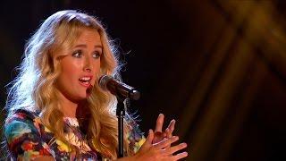 Annelies Kruidenier performs