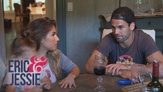 Jessie James Decker Is Convinced Their House Is Haunted   Eric & Jessie   E!
