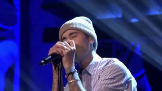 JUSTIN BIEBER VS SHAWN MENDES (The Tonight Show) Live