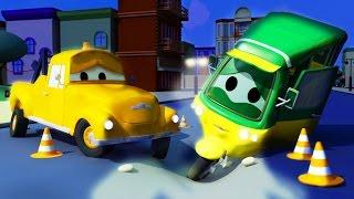 Tom der Abschleppwagen und Tao das TukTuk in Autopolis | Lastwagen Bau-Cartoon-Serie für Kinder