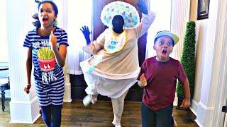 BAD BABY ATTACKS Shiloh and Shasha! - Babysitting Horror - Onyx Kids